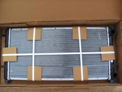 Радиатор системы охлаждения Volkswagen T4 355 мм