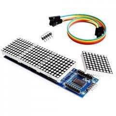 Светодиодная матрица из 4 матричных дисплеев на