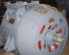 Generators traction are installed on locomotives,