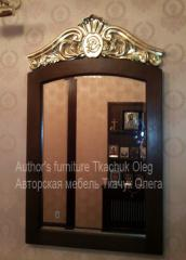 Mirror with woodcarving and gilding