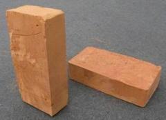 Кирпич глиняный красный