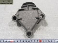 Кронштейн передний растяжки ВАЗ 2108-21099