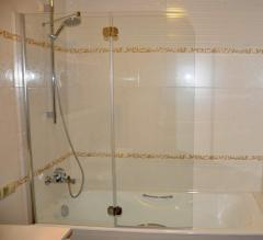 Шторки для ванної кімнати, скляні шторки для