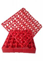 Trays for reusable plastic eggs for incubation,