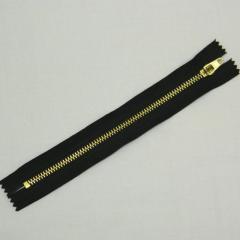 Застежка-молния металлическая 18 см, черная (золото) (6-2426-В-095)