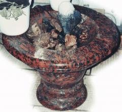 To order fountains from a natural stone (marble,