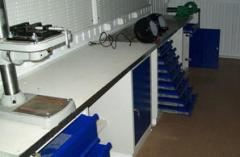 Laboratory equipment for mobile auto repair shops