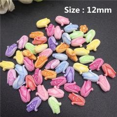 Пластиковые бусины, подвески за 20 грамм (прим.