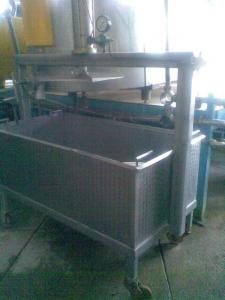 Equipment for production of hard cheeses. Vann