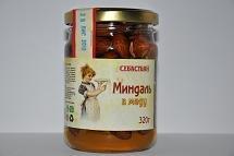 Almonds in honey, 320 g.