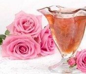 Pink jam from petals of the Crimean rose of 250
