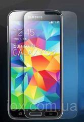 Противоударное стекло на Samsung S5 на дисплей