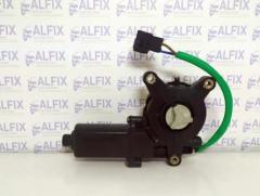 Электродвигатель стеклоподъемника LANOS прав.