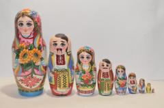 The Ukrainian painted nested doll from 9 pieces 903