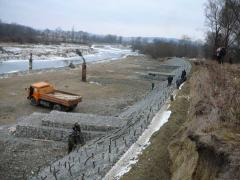Gabions for strengthening of abrupt slopes