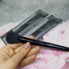 Кисть Malva Cosmetics Blush Brush для румян или