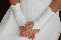Wedding gloves from the producer the M15121 CODE