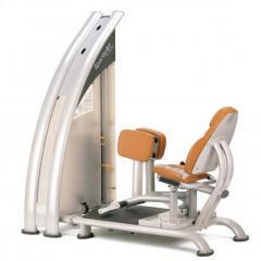 Тренажер грузоблочный для приводящих мышц бедра,