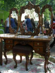 Dressing table - the Pier glass from a natural
