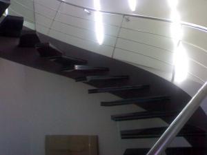 Стеклянные лестницы, проектирование и изготовление