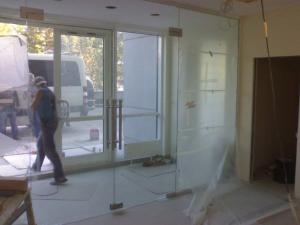 Entrance groups of glass in Dnipropetrovsk, glass
