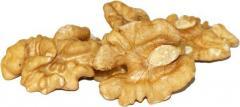 Орех волошский (грецкий) светлый янтарь бабочка 50