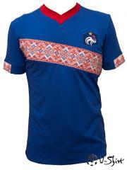 Vyshivanka U-Shirt France. A t-shirt a vyshivanka