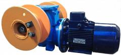 Winches for boats and motor boats