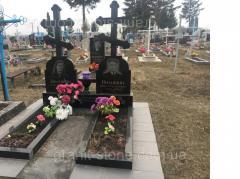 Памятник с крестом для двоих