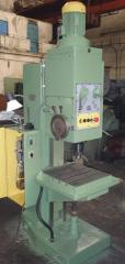 Machine vertical-boring 2H125
