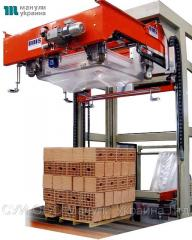 The line for packaging the pallet in Stretch-Hud