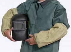 Overalls for protection against industrial pollution