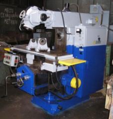 Shirokouniversalny milling machine 6D82Sh