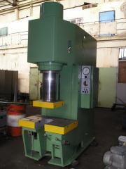 Press hydraulic P6334A