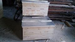 Beehive plank bed on 20 frames