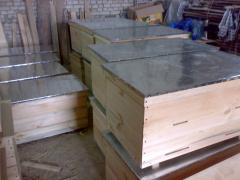 Beehive plank bed on 24 frames