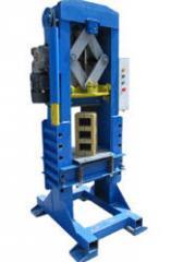 Электромеханическая гильотина для раскалывания блоков