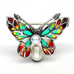 Серебряная брошь Бабочка с жемчугом, 015РЖ