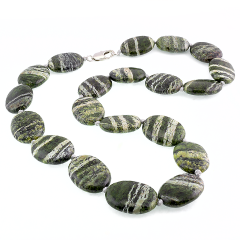 Beads from natural and synthetic stones