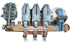 The interlock contact to KT 6023, KT 6033
