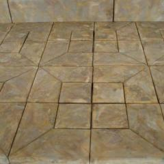 Forms plastic for production of paving slabs,