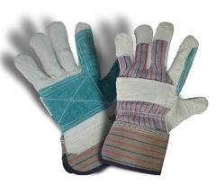 Gloves are heat-resistan