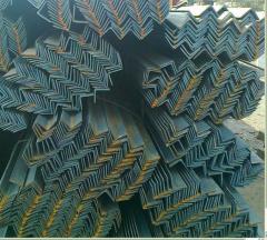 Уголок стальной сталь 09Г2С.