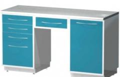 Стол лабораторный с 2-мя опорными тумбами (тумба с