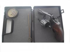 Револьвер под патрон Флобера