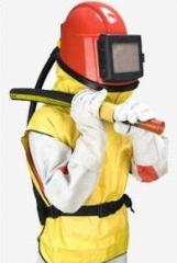 Шлем пескоструйщика, защитные костюмы