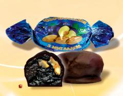 Chocolates prunes with almonds