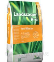 Удобрение для газона LandskaperPro Pre...