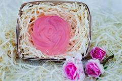 Мыло натуральное ручной работы с розовым маслом