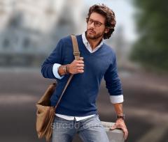 Пуловер мужской хлопковый с V-образным вырезом